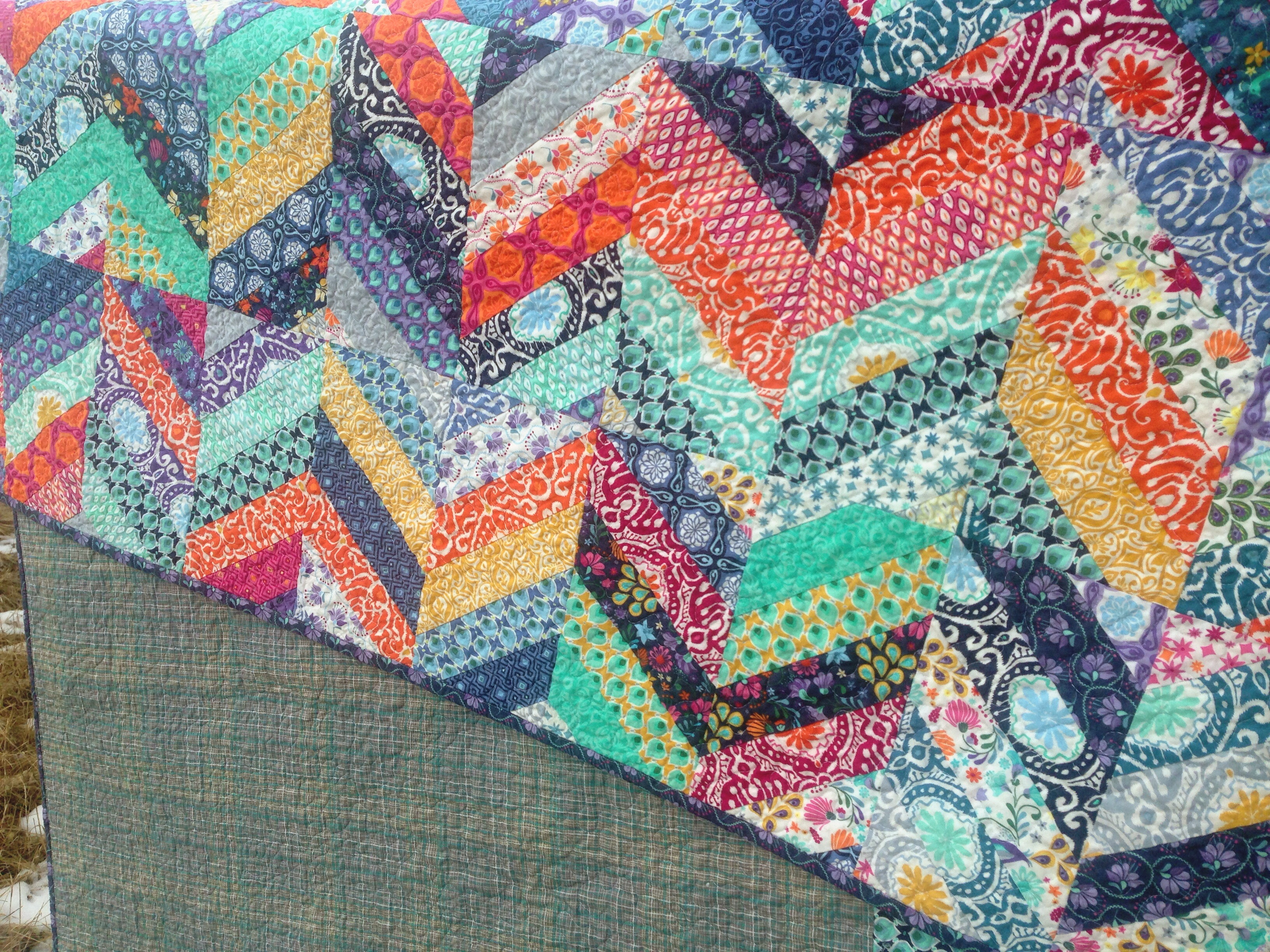 Friday Finish   Wasn't Quilt in a Day : how to stipple quilt - Adamdwight.com